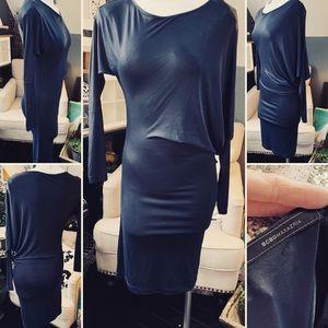 BCBGMAXAzria Dress Knee Length Drop on one side Sm